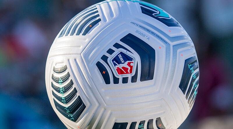 NWSL 2021 ball